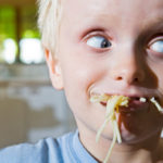 child-eating-bad-manners_ybyvt6